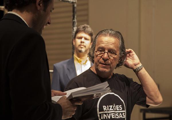 Marcio Aurelio, da Cia Razões Inversas, assina direção de Hamlet. Foto: Pablo Pinheiro