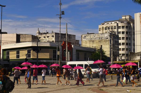 {pingos&pigmentos} , intervenção urbana realizada no Centro do Recife. Foto: Pollyanna Diniz