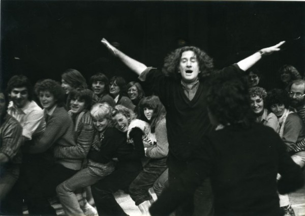 Augusto Boal e o Teatro do Oprimido em Paris, 1975. Cedoc-Funarte