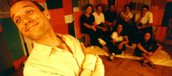 O grupo paulista Lume abre a programação hoje com o espetáculo Café com queijo. Foto: Tina Coelho