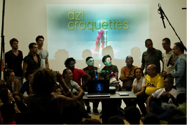 Encontro do Dzi Croquetes e Vivencial, na Galeria Café Castro Alves. Foto: Helder Ferrer