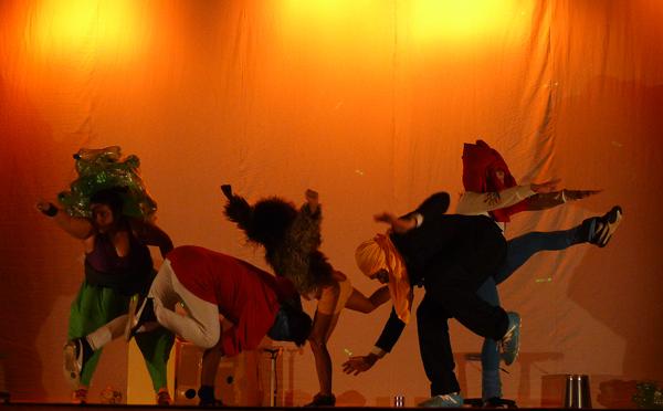 Trabalho de dança contemporânea é do Núcleo do Dirceu