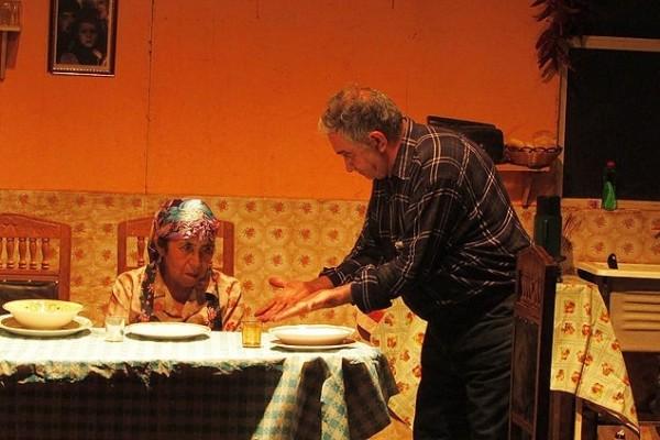 Galvarino dá uma dimensão universal ao drama familiar.