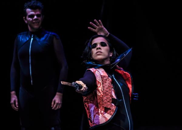 Marina Brito e Murillo Ramos em encenação de Herê Aquino. Fotos: Diego Souza