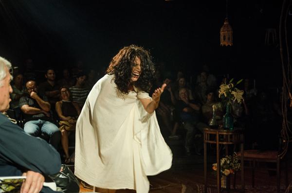 Montagem tem direção e dramaturgia de Luciana Lyra