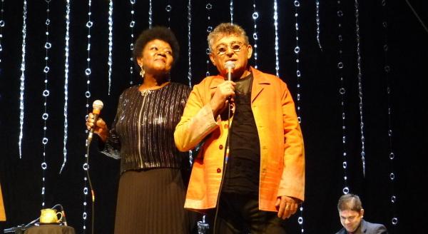 Alaíde Costa e Gonzaga Leal abriram o Festival com o show Porcelana Foto: Ivana Moura