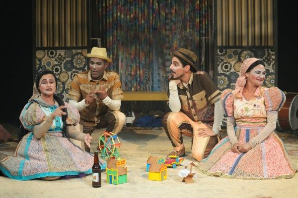 Adaptado do livro de André Neves a peça tem versão dramatúrgica e encenação de Claudio Lira