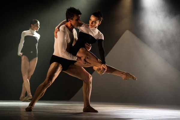 Coreografia Uneven, do espanhol Cayetano Soto. Foto:  Wellington Dantas/MBD.
