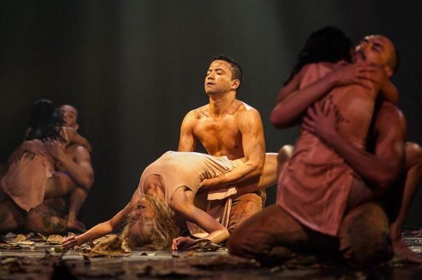Montagem amazonense transpira sensualidade