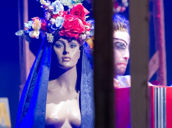 peça A geladeira do Companhia AntiKatártiKa Teatral (AKK). Foto: Junior Aragão