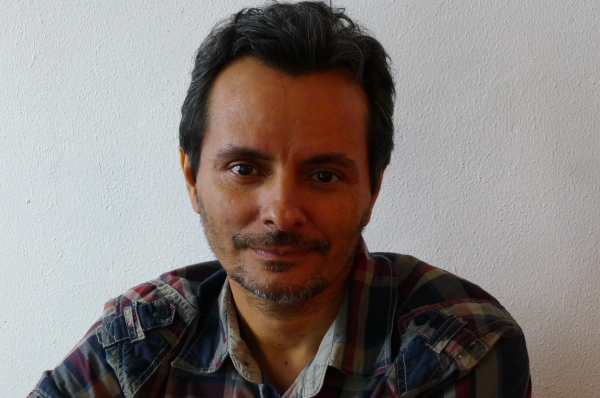 O encenador Marcondes Lima. Foto: Ivana Moura