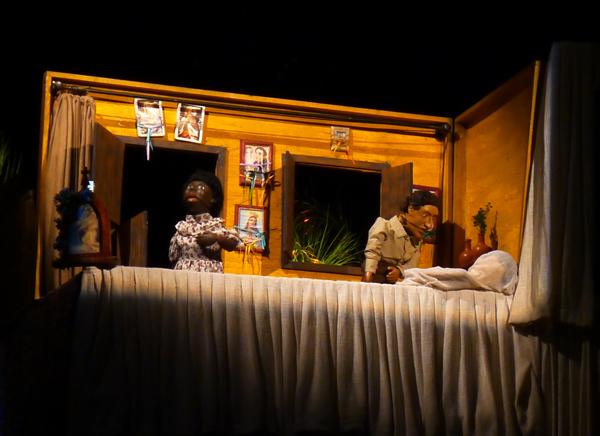 Projeto sobre acervo do Mão Molenga (foto do espetáculo Babau) foi aprovado. Foto: Pollyanna Diniz