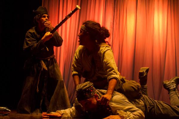 La Expulsion de Los Jesuitas, do grupo Tryo Teatro Banda. Foto: Jennifer Glass