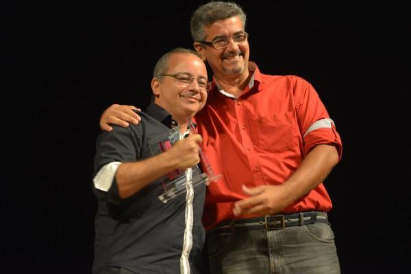 Célio Pontes, ao lado do apresentador do JGE André Filho. Foto: Pedro Portugal
