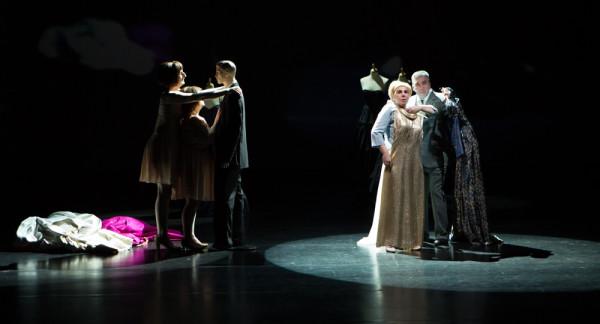 Cinderela, de Joel Pommerat, abriu 3ª MITsp. Foto: Estúdio Zut