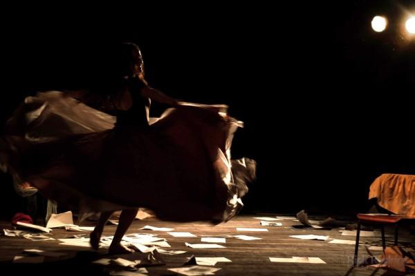 Hilda Torres interpreta Soledad - A terra é fogo sob nossos pés