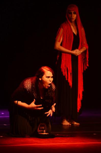Bruna Castiel em A Filha do Teatro. Foto: Marcelo Soares/ Secult/ Fundarpe.