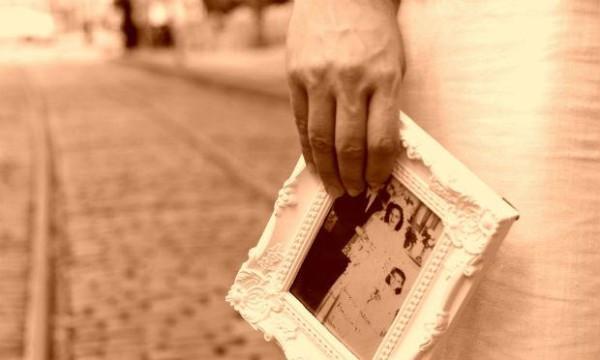 """Para ajudar na campanha de manutenção do espaço o Programa """"Mês Iluminado"""", conta com várias atrações, como O Velho Diario da Insônia. Foto: Divulgção"""