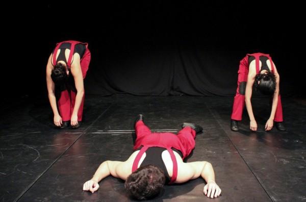 Primeiro trabalho profissional da e estrea de Isabelle Barros como diretora