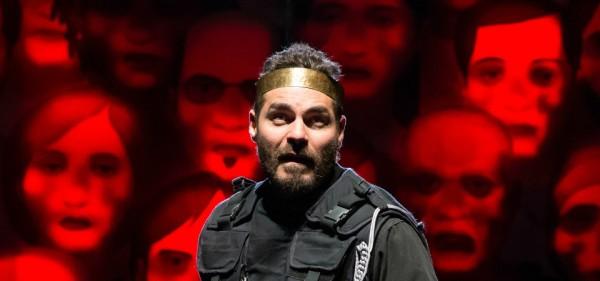 Thiago Lacerda interpreta o usurpador Macbeth, na tragédia do bardo inglês. Foto: João Caldas Filho