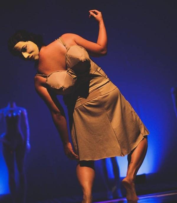 Que corpo é esse?, espetáculo de Petrolina. Foto: Rubens Henrique