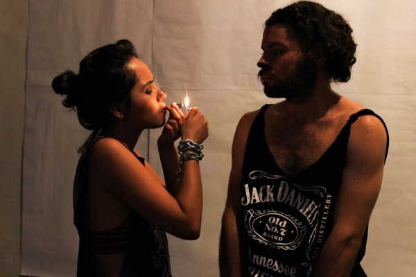 Lorena López interpreta Pink e Leonardo Leitão o gato. Foto: Vanessa Alcântara