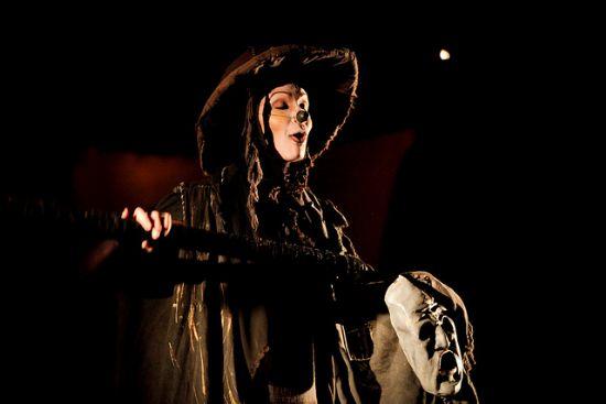 Fabiana Pirro interpreta a Morte em Caetana, que está no Festival de Guamiranga. Foto: Clara Gouveia