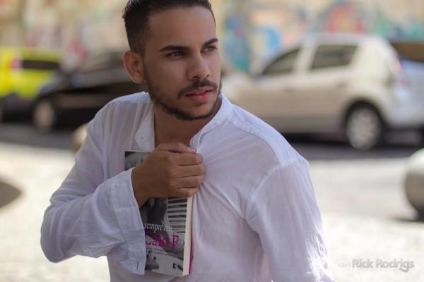 Ator potiguar atua no Recife há dois anos. Foto: Rick Rodrigs