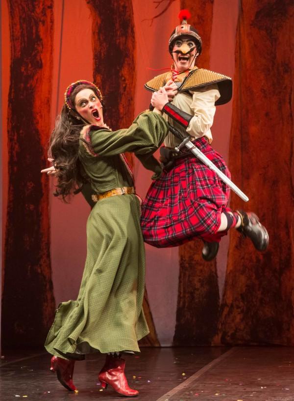 Bruxas da Escócia é uma livre adaptação do clássico Macbeth, de Shakespeare. Foto: João Caldas / Divulgação