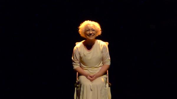 No se puede vivir sin amor, da atriz e professora Nara Keiserman. foto Ivana Moura