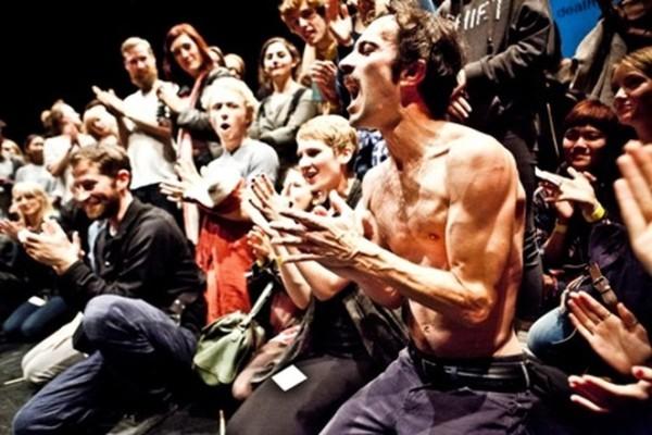 A morte da audiência. Foto: Jesus Ubera