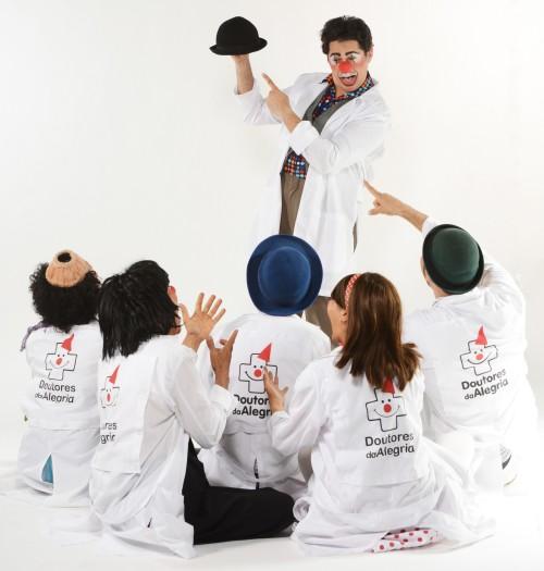 Doutores da Alegria contam vivências dos hospitais. Foto: Léo Caldas