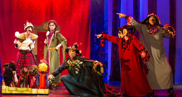 Bruxas da Escócia, uma livre tradução de Macbeth para crianças.Foto: João Caldas Filho