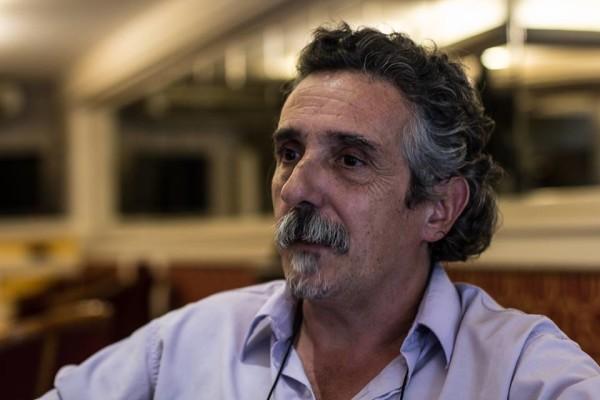 Teórico Jorge Dubatti fala no Idiomas. Foto: Divulgação