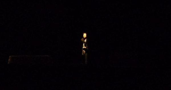 Quase no escuro em algumas cenas. Foto: Ivana Moura