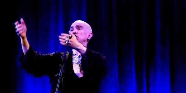 Edson Cordeiro apresenta o espetáculo The Countertainer, na Caixa Cultural. Foto: site Edson Cordeiro