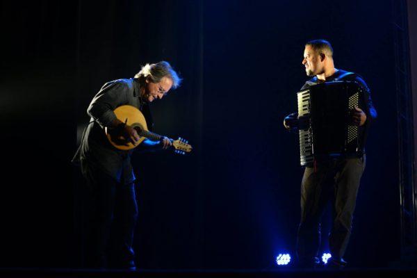 Músicos Beto do Bandolim e Beto Hortis
