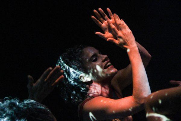 Penúltimo fim de semana da temporada do Totem no Teatro Arraial Ariano Suassuna. Foto Fernando Figueirôa