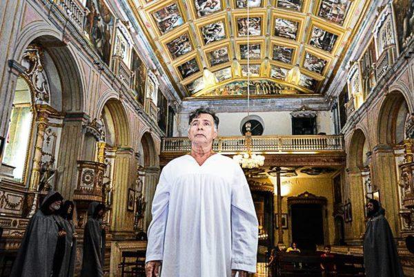 Buarque de Aquino faz o religioso revolucionário. Foto: Roberto Soarez/ Divulgação