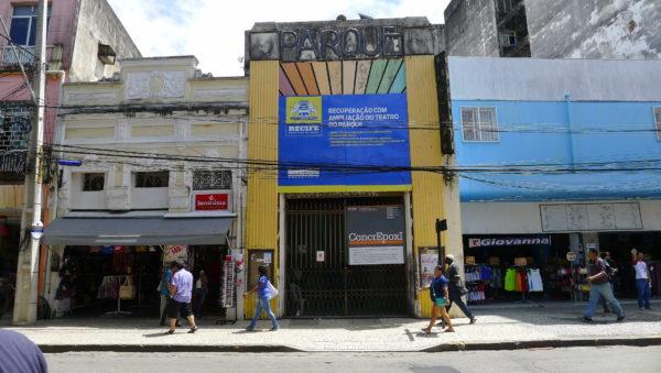 Fachada do Teatro do Parque, em registro de 2015. Foto: Ivana Moura