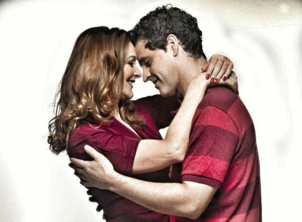 Alexandra Richter e Bruno Garcia protagonizam a comédia romântica