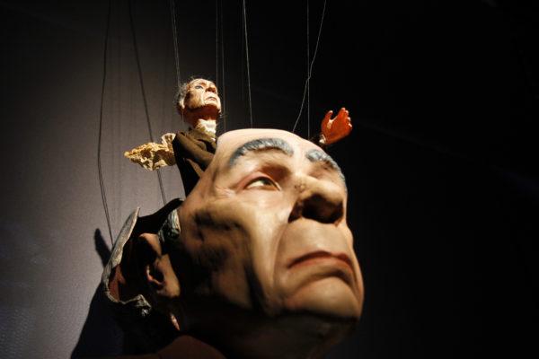 Teatro dos Seres Imaginários é uma das atrações do Sesi Bonecos do Mundo. Foto: Betina Carcuchinski /PMPA / Divulgação