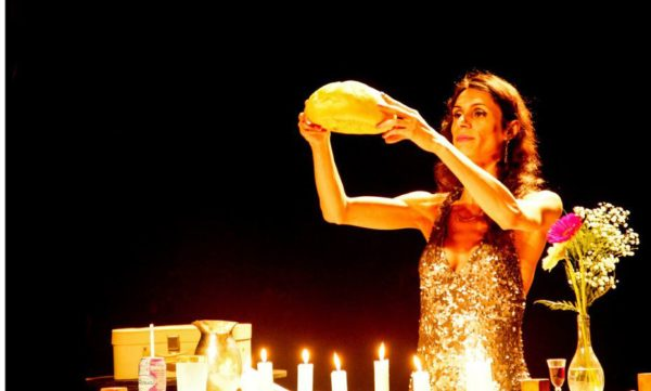 atriz transexual Renata Carvalho enfrenta censuras e ameaças por sua atuação. Foto Luciane Pires Ferreira Divulgação